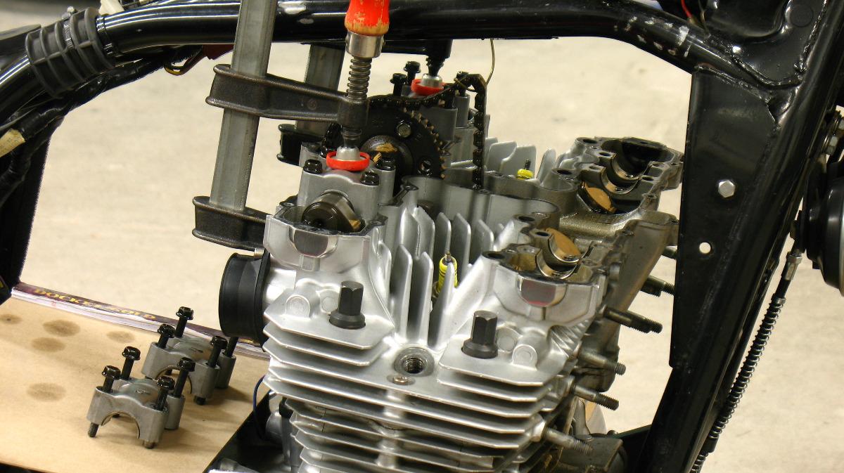 c26b25c59 KZ1000/1100 cam cap torque. error? - KZRider Forum - KZRider, KZ, Z1 ...