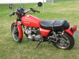 1980 KZ650 all shinned up_2