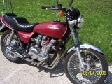 '77 kz650b1 clean and ready to go (other side)