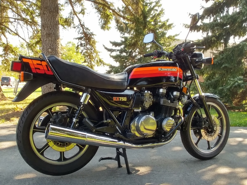Bike Of The Month: TBike Of The Month: Our November BOTM Is Robert Fyles  1983 KZ750 L3